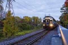 Поезд в осени Стоковое Изображение