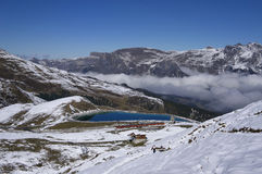 Поезд горы в зоне Jungfrau (Швейцария) Стоковое фото RF