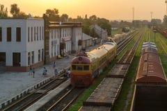 Поезд железнодорожного вокзала Молдавии тепловозный в graffity Стоковое Фото