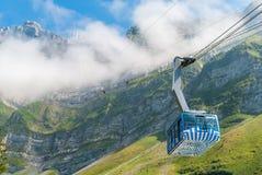 Поезд кабеля Saentis, Schwaegalp - Швейцария Стоковое Фото
