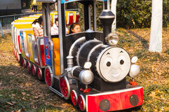 Поезд масленицы в парке Стоковое фото RF