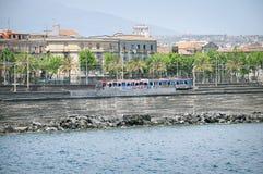 Поезд на станции Катании Centrale Стоковая Фотография RF