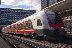 Поезд на станции Стоковые Фотографии RF