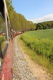 Поезд пара в немецкой сельской местности стоковое фото rf
