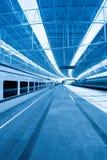 поезд платформы Стоковые Изображения RF