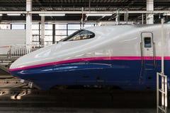 Поезд пули серии E2 (высокоскоростной или Shinkansen) Стоковые Изображения RF
