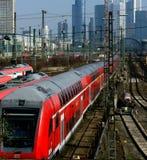 поезд frankfurt терминальный Стоковая Фотография RF
