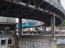 Поезд s Bahn s в Гамбурге Стоковые Изображения RF