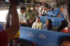 Поезд Tawang Jaya запуская самое длинное к Джакарте Стоковые Фото