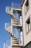 Пожарная лестница, лестница штопора в щипке стоковая фотография