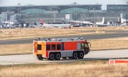 Пожарная машина авиапорта Стоковые Изображения
