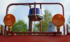 Пожарная машина и сирена стоковая фотография rf