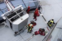 Подготовлять для спасательной операции стоковое изображение rf