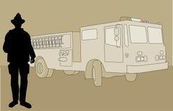 Пожарный готовя пожарную машину Стоковые Фото