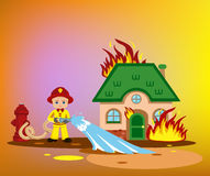 пожарный пробуя положить вне горя дом Стоковые Фото