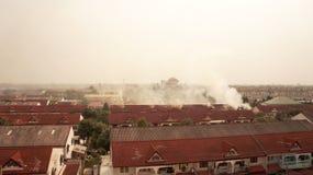 Пожар дома. Стоковое фото RF