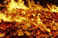 пожар Материал вулкана раскаленный добела Горячий костер угля Carbo Стоковая Фотография RF