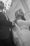 Пожененные пары в православной церков церков Стоковая Фотография