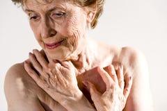 пожилая серьезная женщина Стоковые Изображения