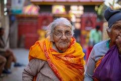 пожилая счастливая женщина стоковое изображение