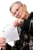 пожилое отверстие человека письма габарита Стоковое Фото