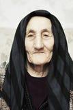 пожилая серьезная женщина Стоковая Фотография