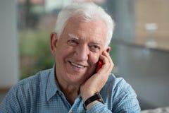 пожилой усмехаться человека Стоковое Изображение