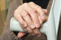 Пожилые руки Стоковое Изображение