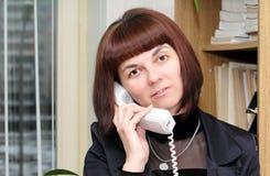 позвоните по телефону говорить стоковые изображения rf