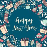 Поздравительная открытка Нового Года с нарисованным рукой holi литерности и зимы Стоковое фото RF