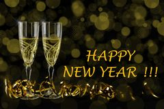 Поздравительная открытка Нового Года 2019 Bokeh и сияющие влияния на черной предпосылке иллюстрация вектора