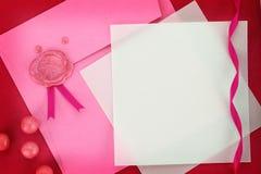 Поздравительная открытка приглашения или на розовом габарите Стоковые Изображения RF