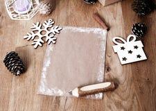 Поздравительная открытка рождества пустая на винтажной предпосылке Стоковая Фотография RF