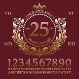 Поздравления на наборе знака годовщины Золотые номера, алфавит, рамка и некоторые слова для создавать эмблемы торжества иллюстрация штока