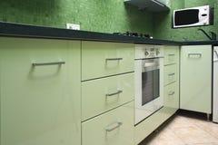 позеленейте кухню стоковые изображения