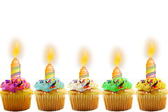 Поздравительная открытка дня рождения с пирожным и свечой Стоковое Изображение RF