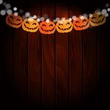 Поздравительная открытка хеллоуина, приглашение Party украшение, строка бумажных тыкв, handmade флагов бумаги отрезка деревянное  Стоковые Фото