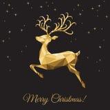 Поздравительная открытка Xmas с низкими поли оленями золота треугольника на черноте Стоковая Фотография RF