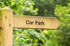 показанная принципиальная схема автомобиля имеет оплащенный деньгами билет знака парка вы ваши Стоковые Фотографии RF