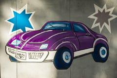 Показанный автомобиль на стене стоковая фотография