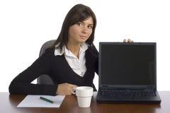 показывает женского работника экрана офиса стоковые изображения