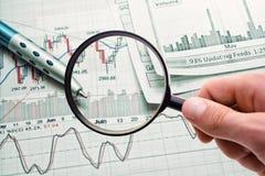 Показывать бизнес-отчет Стоковая Фотография
