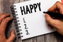 Показывать знака текста счастливый Схематическое довольство чувства фото или удовольствия показа о что-то персона стоковые фото