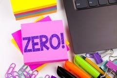 Показывать текста сочинительства zero сделал в офисе с окрестностями как компьтер-книжка, отметка, ручка Концепция дела для zero  Стоковая Фотография RF