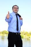 показ крупного плана бизнесмена одобренный Стоковая Фотография