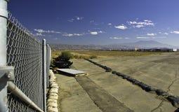 покинутая взлётно-посадочная дорожка Стоковое Фото