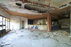 покинутая гостиница стоковое фото rf