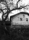покинутая дом старая Стоковое Изображение