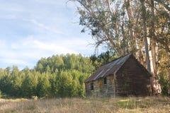 покинутая кабина деревенская Стоковые Фотографии RF