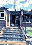 Покинутая, котор сгорели дом Стоковое Изображение RF